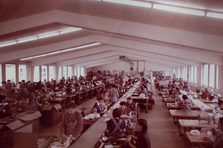 1955 – Inzwischen 90 helsa® Mitarbeiter
